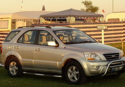Få et bedre udsyn, når du kører med campingvogn, med campingspejle på bilen