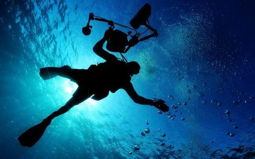 Svømmefødder til dykning og svømmetræning